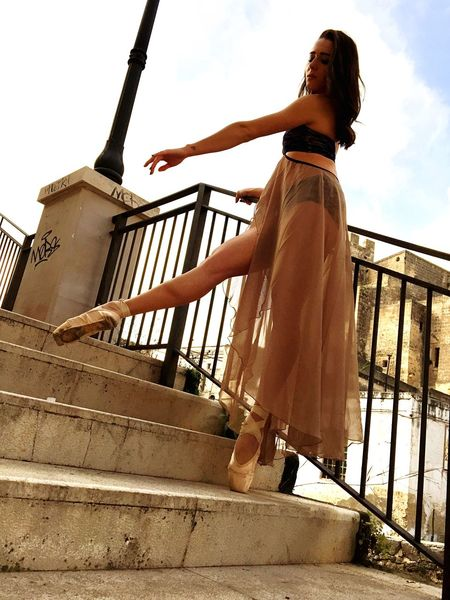 Www.lasinfoniadellabellezza.it Beautiful Ballerine Dance Taking Photos Puglia Italy Fashion Taranto Streetphotography