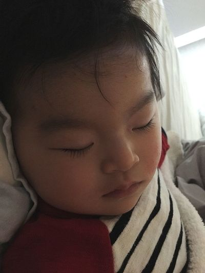 my sweet baby got a fever for the first time...he caught a cold(;_;) I hope his cold will get better asap... Catch A Cold Worrying Mysweetbaby