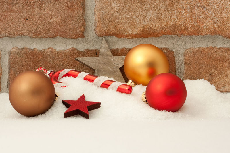No People Snow Celebration Holiday Indoors  Christmas Christmas Decoration Christmas Ornament Let It Snow Merry Christmas! Christmas Lights Christmas Brick Wall Stars Celebration Event Backgrounds Copy Space Christmas Decorations Holiday Snow Covered Snowy
