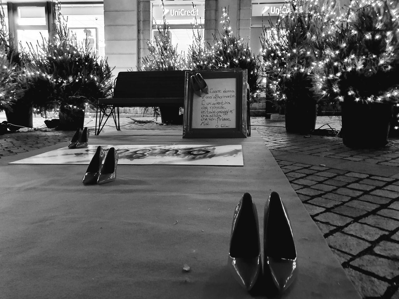 EMPTY SEATS ON FOOTPATH IN CITY