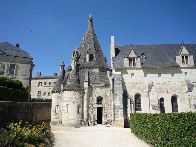 Romanesque kitchens, Fontevraud Abbey, France France Kitchens Fontevraud Abbey Abbey Medieval Romanesque Loire Valley Fontevraud Medieval Architecture