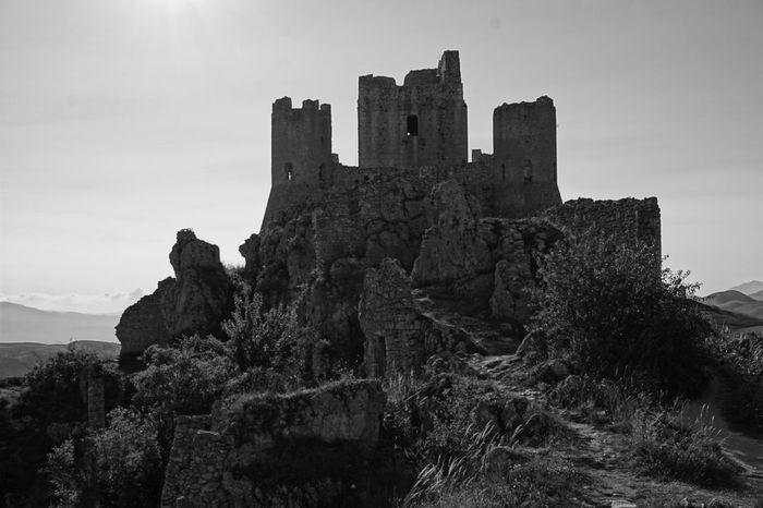 Abruzzo Castle Italia Ladyhawke Ladyhawke Castle Low Angle View Photographer Rocca Calascio Ruins Ruins Of A Castle