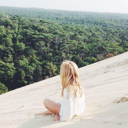 Dune Du Pyla FR Girl Blondie Peace Picture