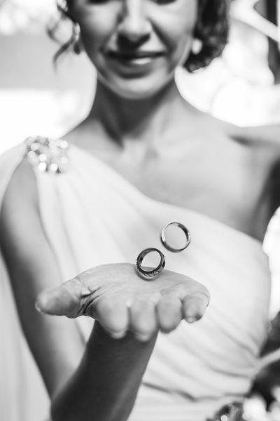 Bride Human Hand Young Women Women Beauty Wedding Portrait Beautiful Woman Luxury Beautiful People Wedding Ring Gemstone  Jewelry Box Precious Gem Ring Engagement