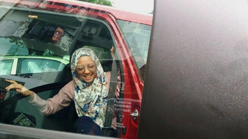 Potraiture (Nov,2017) People Smiling Eyeglasses  Lifestyles Day Car Potrait Potraiture Potrait Of Eyeem