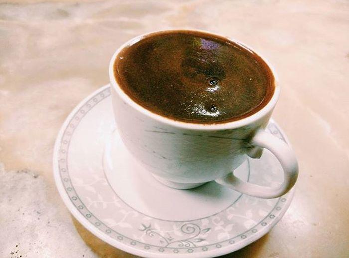 Well this is my first Turkish Coffee ever. The best thing about this coffee is the price. Çok ucuz. Sadece 5tl. p/s datang sini seorang diri pun sebab memang saja nak menghabiskan aylık Istanbul Kart. Türkiye Mandabatmaz Türkkahvesi Taksim Zharipxistanbul Istanbul Coffee Coffeetime öğrencihayatı
