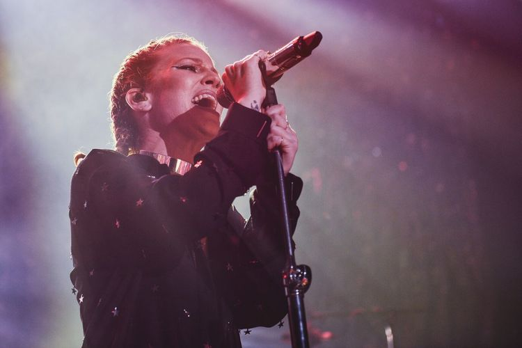 Jess Glynne live in London Check This Out Taking Photos EyeEm Best Shots For The Love Of Music Music Photography  Capture The Moment Eye4photography  Fashion CommunityLDN
