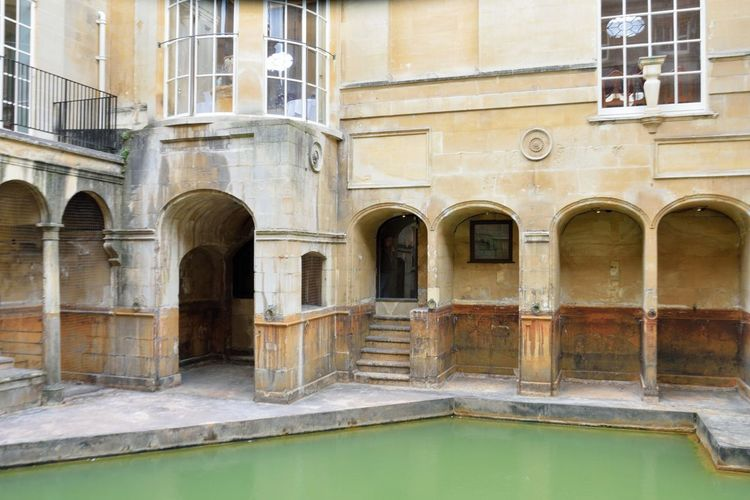 Ancient Roman Baths Ancient Bath Arch Architectural Column Architecture Building Building Exterior Built Structure City Of Bath Historic History Mineral No People Roman Roman Baths Spa Travel Destinations Water