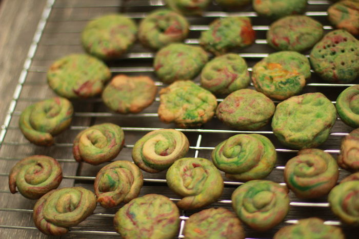 SWedish spritsar, or spritz cookies, cooling on the rack Bakery Baking Baking Cookies Close-up Cookbook Country Life Day Food Food And Drink Freshness Fruit Green Color Healthy Eating Indoors  Kitchen No People Recipe Photo San Jose California Spritsar Spritz Sweden Swedish Swedish Food Traditional Culture Visual Feast
