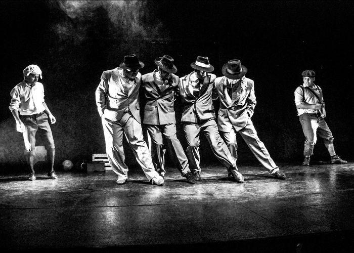 Black And White Blanco Y Negro Dancing Group Of People Indoor Indoors  People Tango