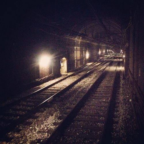 Barclonametro Tmb Ghosttrainstation Underground Subway Bcn Working