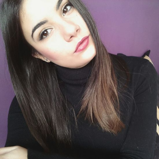 Hi! Hello World Good Morning December Cheese! Selfie ✌ Selfportrait That's Me Girl Italiangirl Enjoying Life Brunette Lips Eyes Hi Guys Home Hello Followme Hello World Moments Photo Likeforlike Mood Boredom. Bored