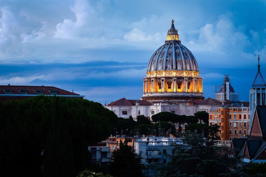 St Peter's Basilica at Night Colorful Sunset Church Church Architecture Church Dome St Peters Basilica VaticanCity Architecture Built Structure Dome Sky Cloud - Sky City Travel Destinations Place Of Worship Spirituality Religion Tourism