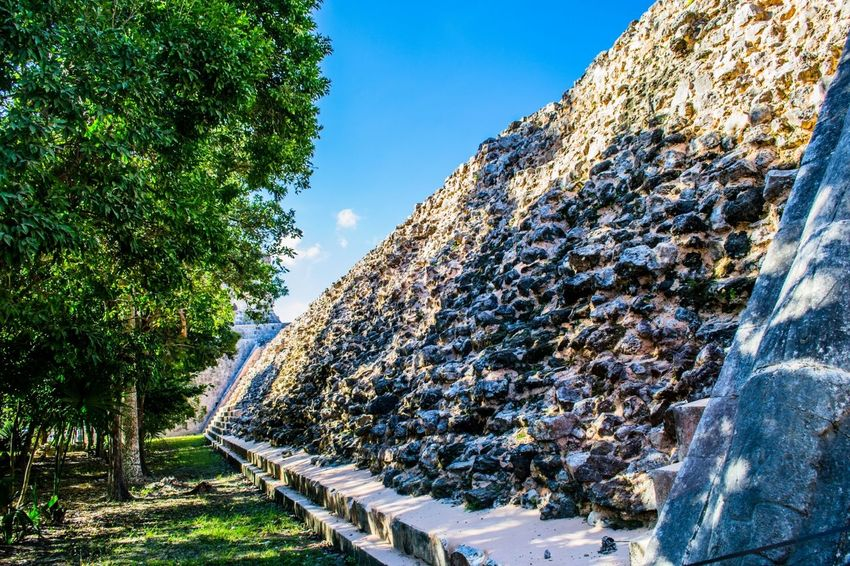 Visiting Chichen Itza Attraction In Mexico Chichen Itza Friendlylocalguides Mexican Holidays Mexican Vacation Mexico Mexico Chichen Itza National Landmark Pyramid Things To Do In Mexico What To See In Mexico Where To Go In Mexico Wonder Of The World