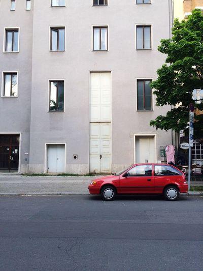 Berlin Love Berlin Charlottenburg  Schillertheater Nebenstraßen Theater Keine Kleine Tür Not A Small Door What Doesn't Fit Through Here Red Car
