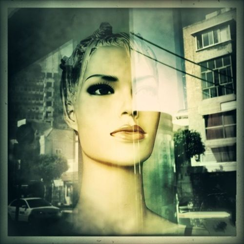 Femme Fatale Streetphoto_color NEM Street