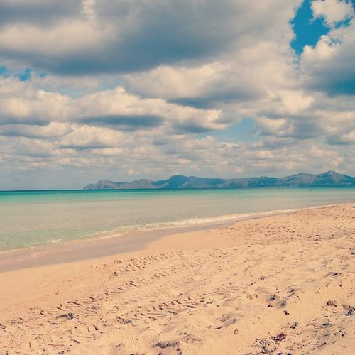 Playa Beach Summer Skyandsand Sandy Windy Cloudy Seaside Meer Blue Colors Shot Beautiful Beauty Photography Nikon Swim Swimming Hot Turquoise POTD Water Nature Mallorca España Spain vacation holiday