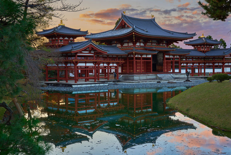 Byodo in sunset reflections