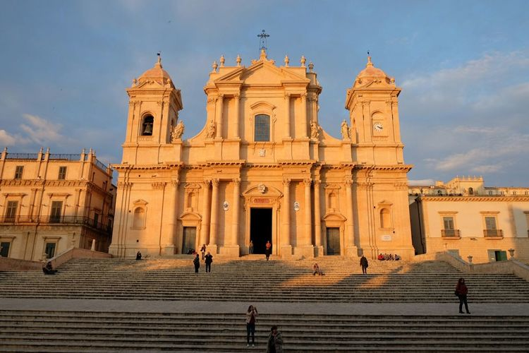 Showcase: December Duomo Di Noto at Sunset. Sicily Italy Architecture Monument Historical Monuments Eye4photography  Getting Inspired Golden Hour Traveling