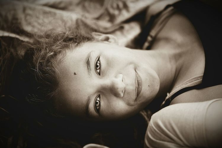 Headshot Person Close-up Young Adult Eyes Closed  Focus On Foreground Relaxation Capture The Moment Canon60d Orsena _photography Girl Portrait Sister❤