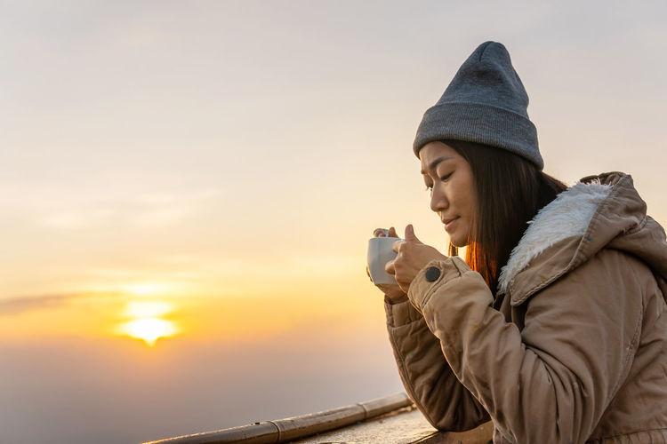 An Asian woman