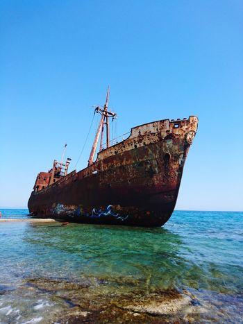 Grece Beach Sinkingboat