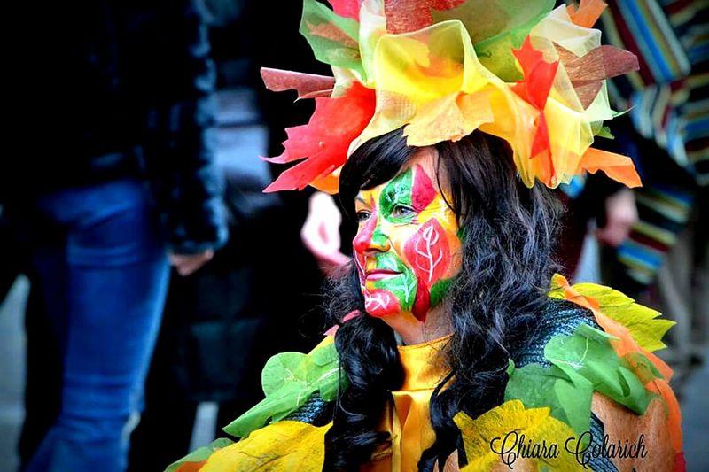 Colors Of Carnival Hello World Hi! Happy Colors Makeup Portrait Carnival Spirit Photography Carnevaldemuja63 Karnival Pickoftheday Carnevale2016 Carnevale Di Muggia Carnival Party Carnevale Colori Autunno  Autumn