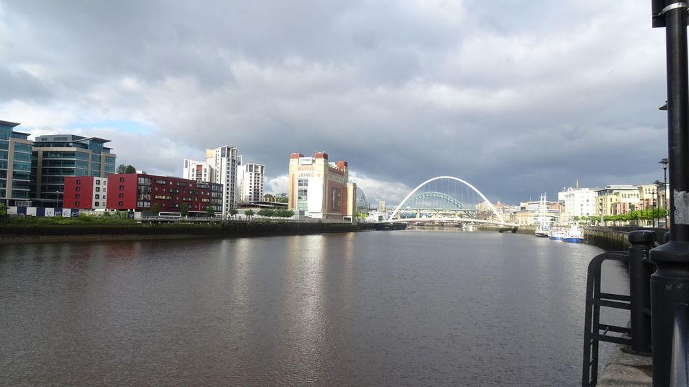 looking East Bridge - Man Made Structure Bridges City Cloud - Sky Gateshead Newcastle Upon Tyne Outdoors River Tyne,