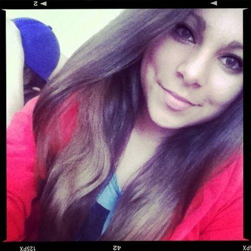 #me #love #smiling #brunette