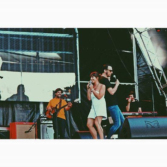 Marcia and Samuel just being amazing ! Portugallovers Portugalcomefeitos Portugaldenorteasul Instalisboa Lisboalive P3top P3_verão SuperBockSuperRock Festival LiveMusic Faded_world Igers