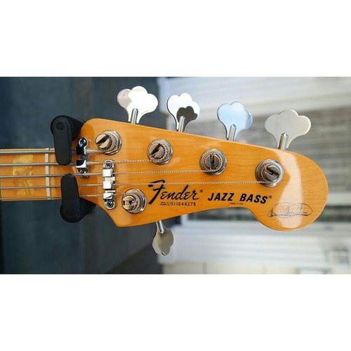 InstaMagAndroid Fender Fenderbassjazz 5strings Marcusmiller Playbility Naturalwoods