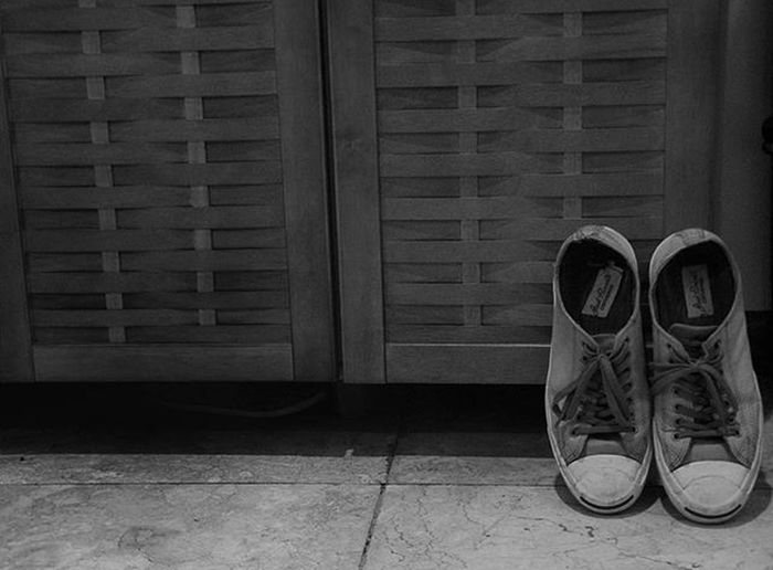 02/21/2016 Ig_4every1_pairs_ Bnw Bw Bw_photooftheday Bnw_captures Bnwmood Bnw_worldwide Bw Photography Shoes Sneakers Jackpurcell Princely_bw Pasandha__bw