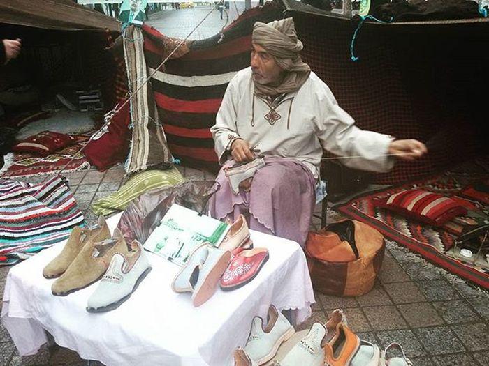 Tunisia IgersTunisia Igersdouz Igerskebili Babouche Boots Worker Carthagina قرطاجينة أحكيلي Wikilovesafrica The_place_to_be right Now is Douz حصريا في دوز يوم 26 ديسمبر 2015 ينطلق مهرجان دوز الدولي :)
