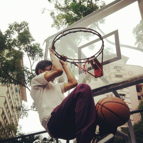 Zul dunking during secondary school times... misss those times T.T Unitysec