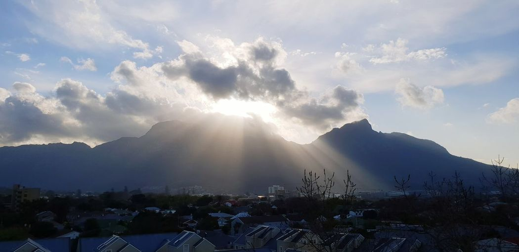 Sunset Mountain City Sky Cloud - Sky Landscape Mountain Range Sun Mountain Peak Sunbeam