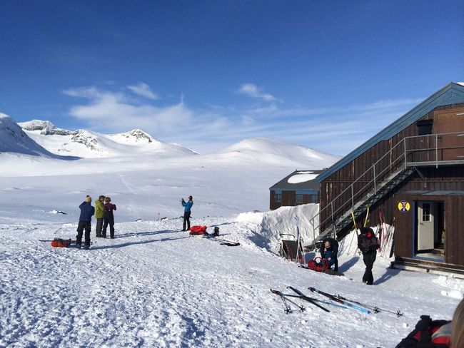 Sylarna mountain hut Morning Scandinavia Sweden Adventure Beauty In Nature Cold Temperature Hut Jamtland Leisure Activity Mountain Mountain Hut Mountain Range Nature Outdoor Life Real People Ski Holiday Skiing Snow Sport Sylarna Vacations Weather Winter Winter Sport
