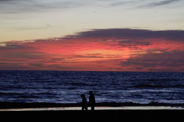 Beach Beach Photography Dark Evening Horizon Over Water Ocean View Orange Red Sea Silhouette Silhouette Sillouette Sky Sunset Walking On The Beach Water