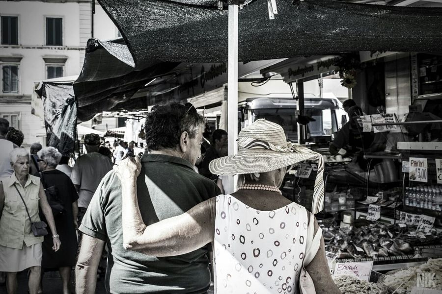 """""""Couple choice"""" - Piombino, Italy Streetphotography Couple Marketplace Italy"""