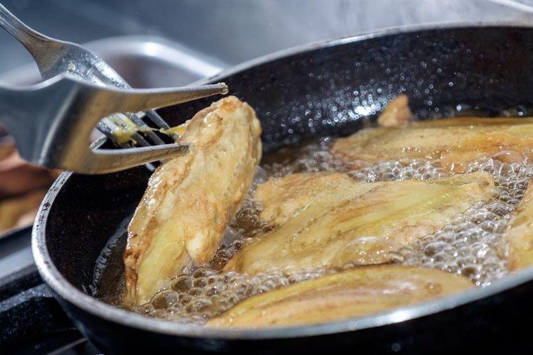 Food Food And Drink Kitchen Utensil Preparation  Indoors  Human Hand Household Equipment Domestic Room Preparing Food