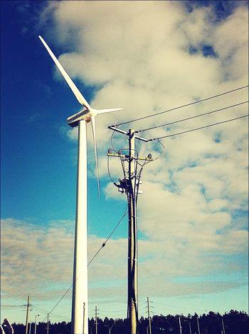 Powerlines Power Source