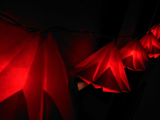 Backgrounds Beleuchtung Close-up Day Decoration Indoors  Lamp Lamps And Lights. Lichterkette Macro No People Red