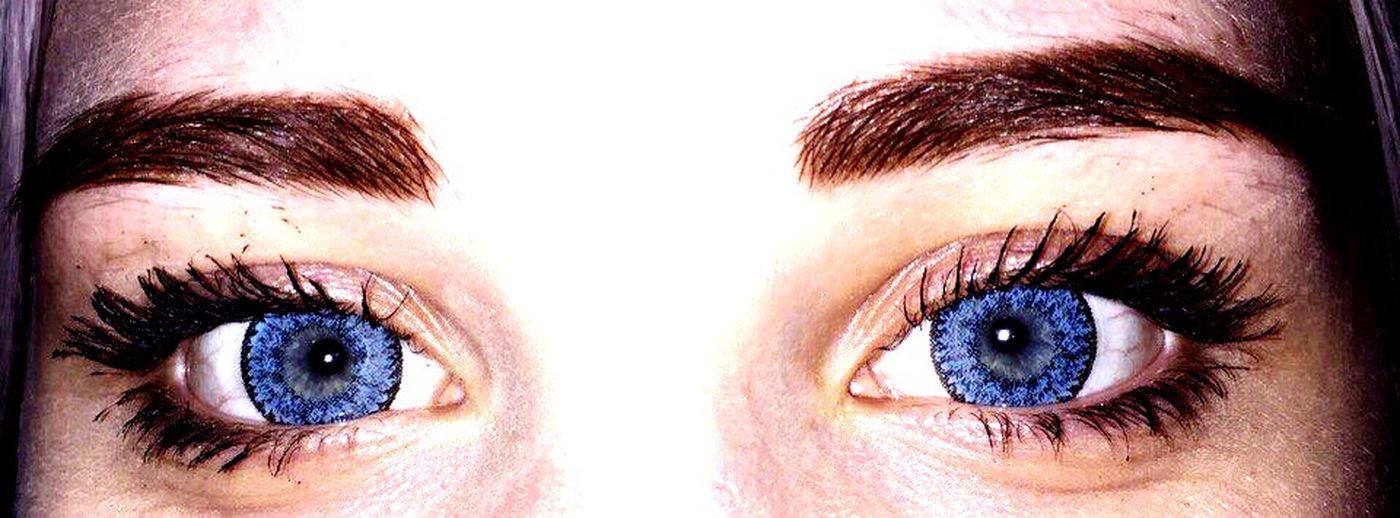 Human Eye Eyelash Eyebrow Human Body Part Close-up Eyesight Eyeball Reflection Human Face Iris - Eye Beauty Women Adult People Young Adult Vision First Eyeem Photo