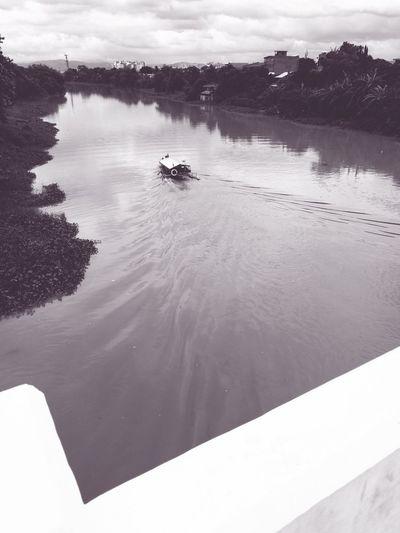 Pasig River Pasigriver Pasigcity Manila Phillipines ManilaStreetPhotography Pasigphotography HuaweiP9Photography Monochrome Photography Pasigboat Daily Commute