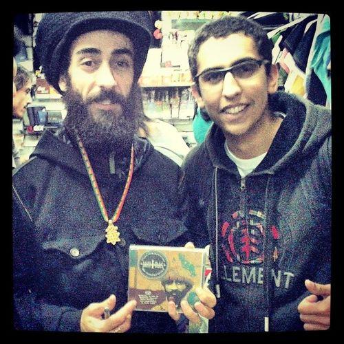 Eu e o Ras Kadhu :) Sabedoria JahRastafari