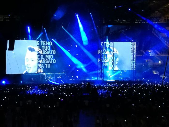 Tiziano Ferro Tour 2017 Stadio Olimpico 30/Giugno/2017 The Purist (no Edit, No Filter) Arts Culture And Entertainment Music Color Photography Popular Music Concert Nightlife Performance Stage Light Night Music Festival Illuminated Event Stage - Performance Space Electric Guitar Blue Live Event Rock Music Crowd Audience Modern Rock Performing Arts Event Excitement Fan - Enthusiast