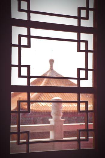 窗 廟宇 古蹟 窗 Window Indoors  Old-fashioned Home Interior No People Day Sky The Graphic City