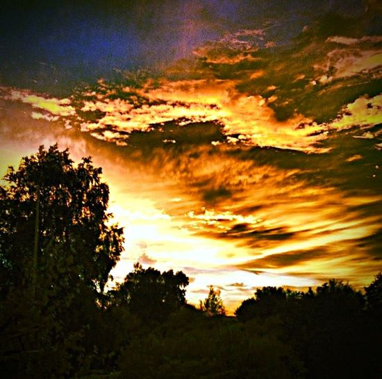 Hello World Taking Photos Nature Clouds And Sky Summer Sunset Skyonfire