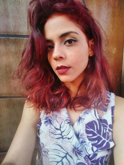 Young Women Portrait Beautiful Woman Pink Hair Dyed Hair Looking At Camera Red Headshot Beauty Redhead