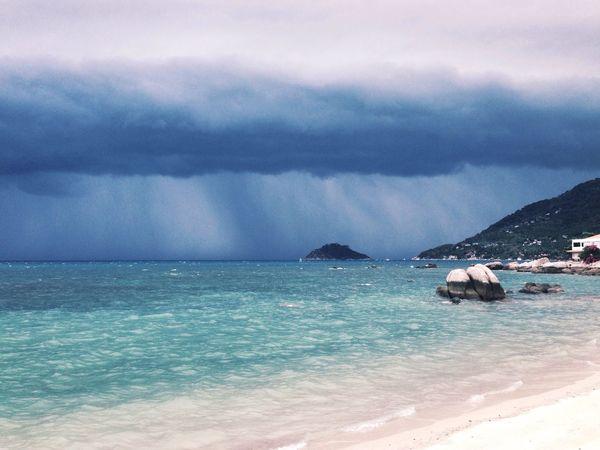 Storm is comming! Storm Rain Sun Beach Beautiful Nature Sea Sea And Sky