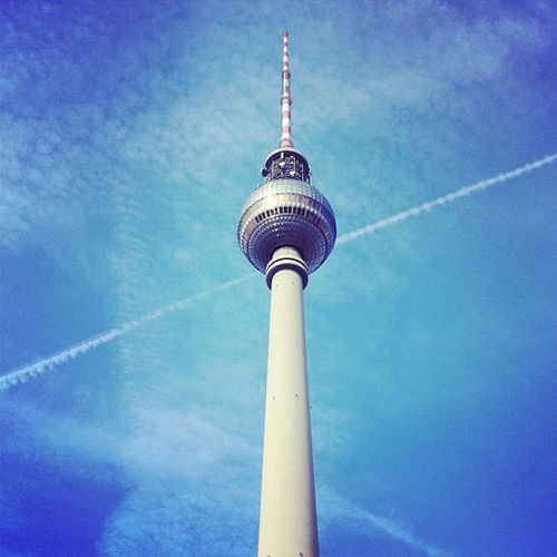#berlin #mitte #alexanderplatz #tvturm #fernsehturm #needle #tower #building #sky #blue #weather #iphone #60s #landmark #tourist #attraction Tourist Blue Building Alexanderplatz Tower Landmark Attraction 10likes 60s Mitte Berlin Needle IPhone Weather Tvturm Sky Fernsehturm